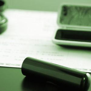 契約書作成やチェック時にありがちなミスと注意すべきこと【企業担当者必見】